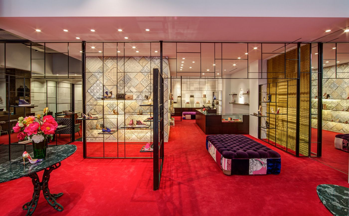 christian louboutin milano boutique