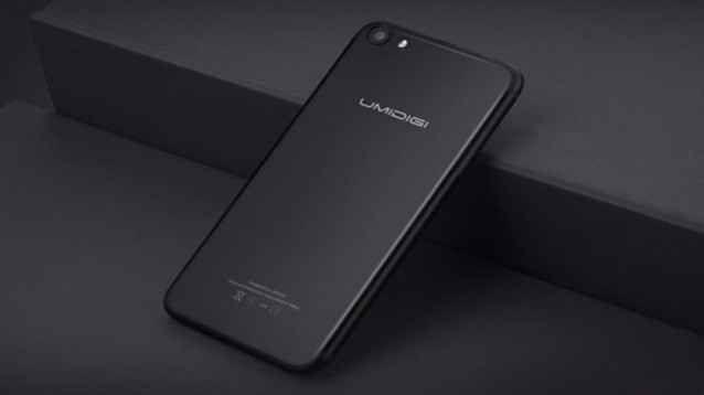 Umidigi G, il miglior clone low cost (ma con Android) dell'iPhone 7 Beh, devo dire che - per essere un clone - questo Umidigi G non è affatto male: il design è, ovviamente, molto bello (anche se non originale!), e la costruzione unisce appeal, a resistenza e leggerez #umidigi #smartphone #android #clone