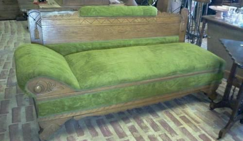 LATE 1800u0027S HUSSY COUCH FAINTING