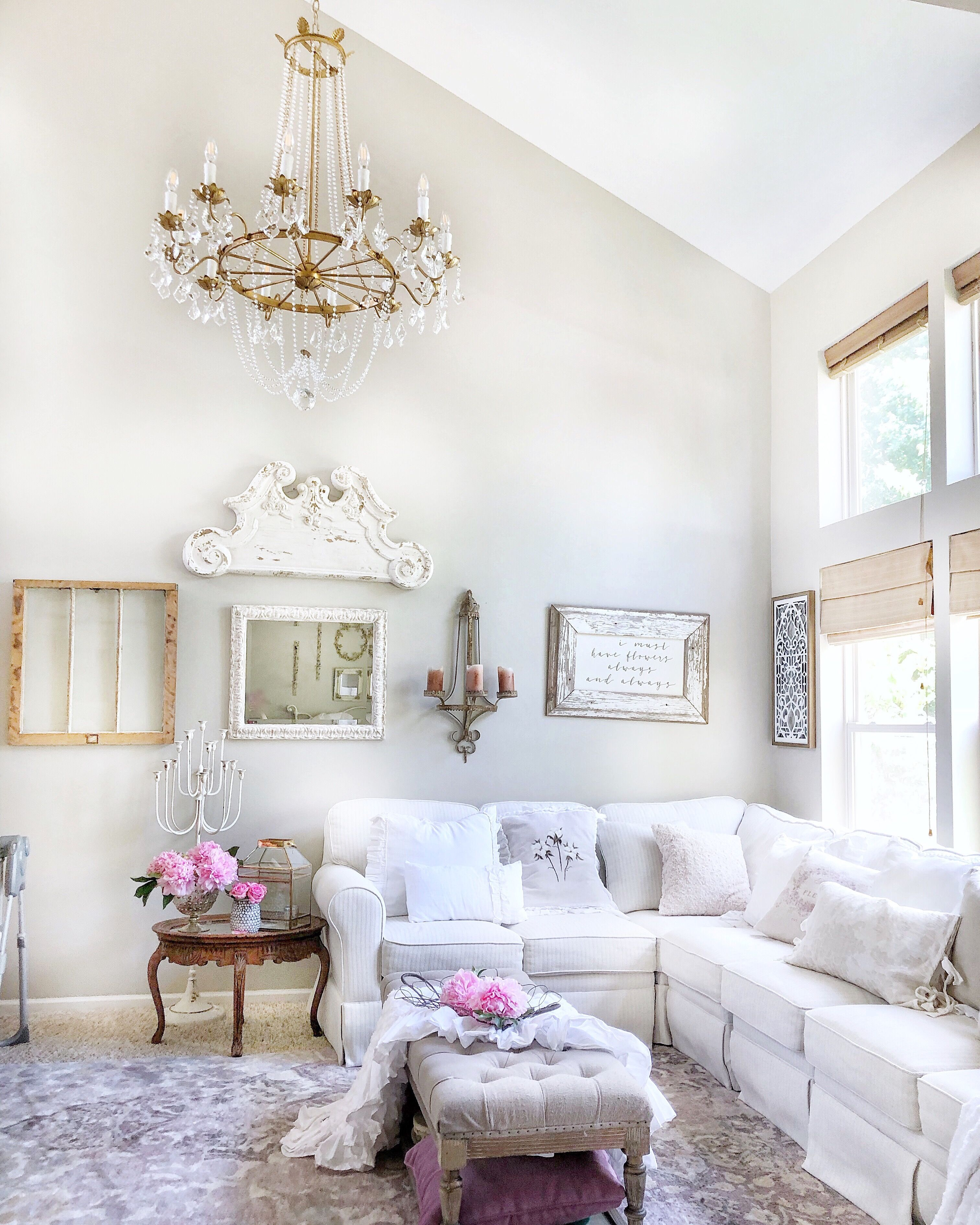 49+ Glamorous shabby chic living room trends