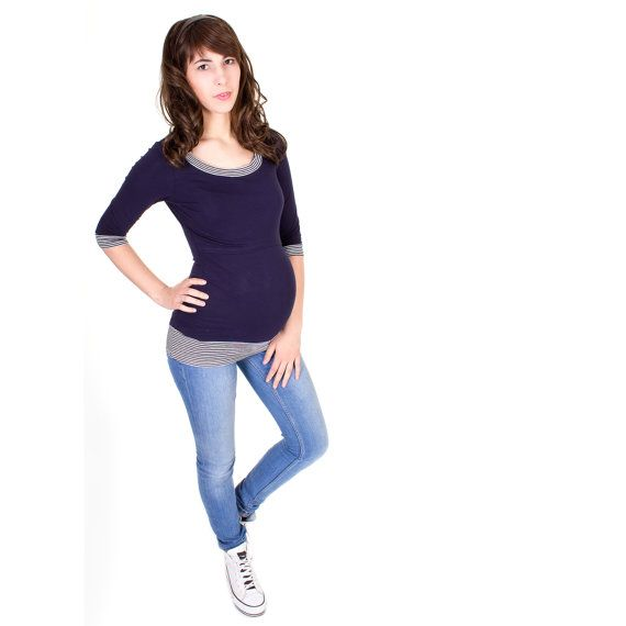 Viva la Mama | Sporty pregnancy and breastfeeding shirt LOVIS with ¾ length sleeves in navy. A beautiful shirt for everyday use, maternity and pregnancy. Your perfect piece for your maternaty style.