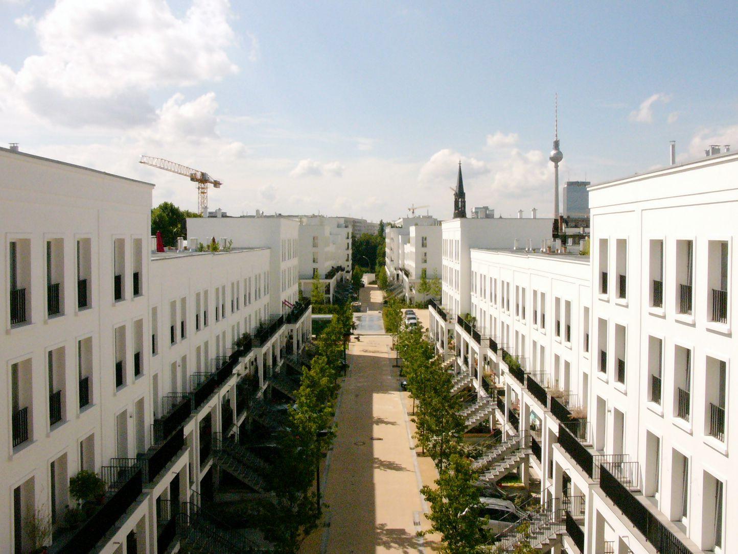townhouse quartier prenzlauer g rten in berlin. Black Bedroom Furniture Sets. Home Design Ideas
