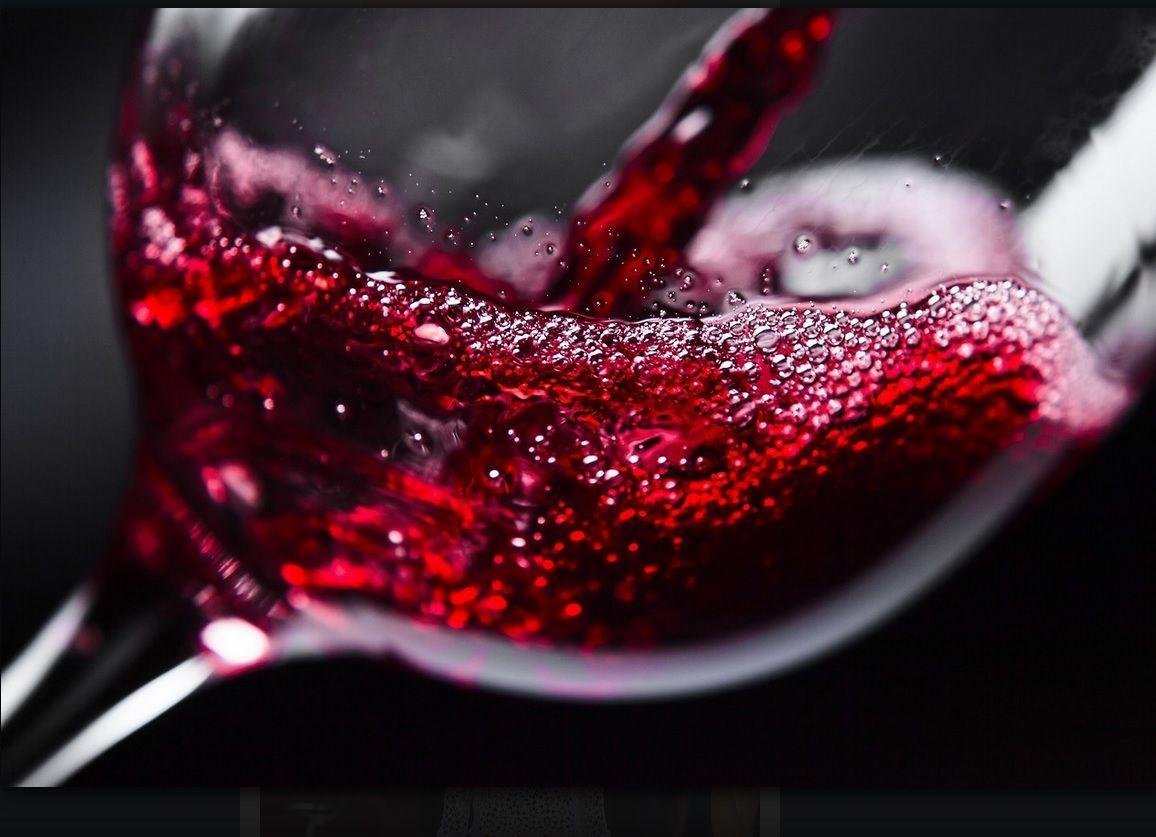 Beso De Vino Comida Y Vino Vino Tinto Vaso De Vino