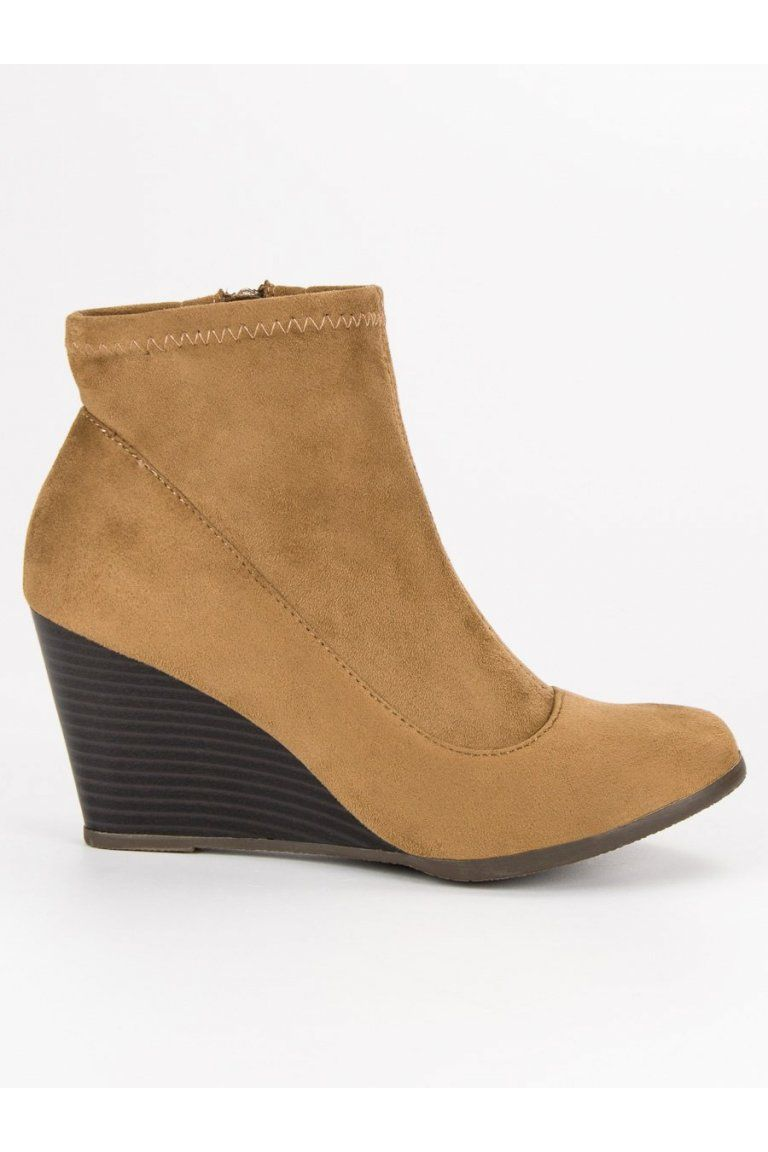 72a479c4c2f8a Béžové semišové topánky na platforme C6530C | Topánky - NAJ.SK ...