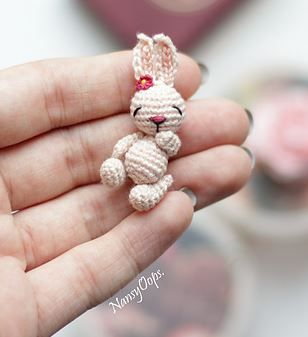 Tiny Bunny pattern by Anastasia Kirs