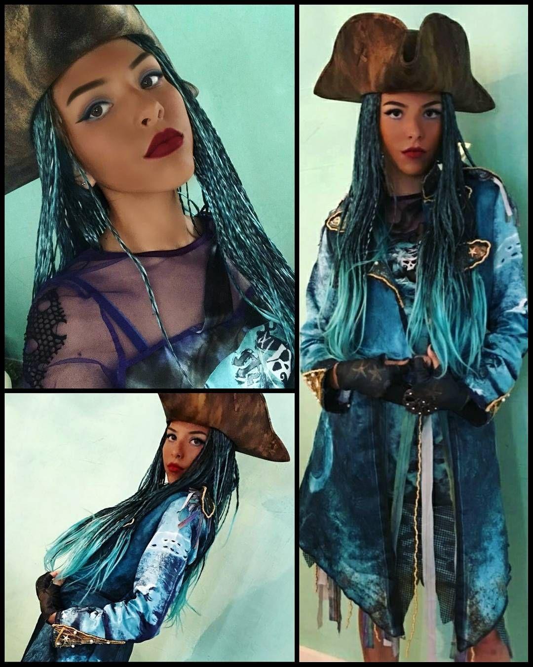 DIY Uma Costume   China Anne McClain and her sisters