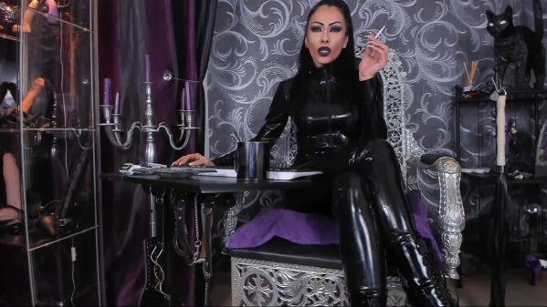 Mistress chat room