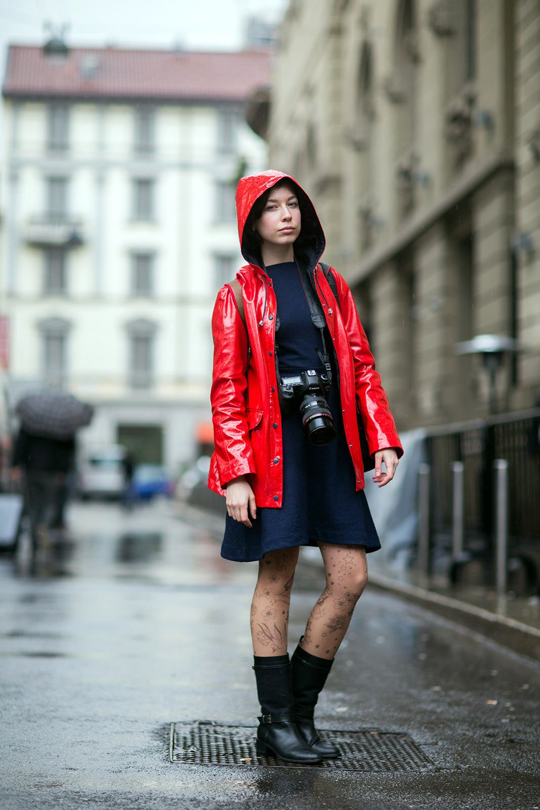 Bad weather street style rainy day outfits meet women weather bad weather street style rainy day outfits ccuart Image collections