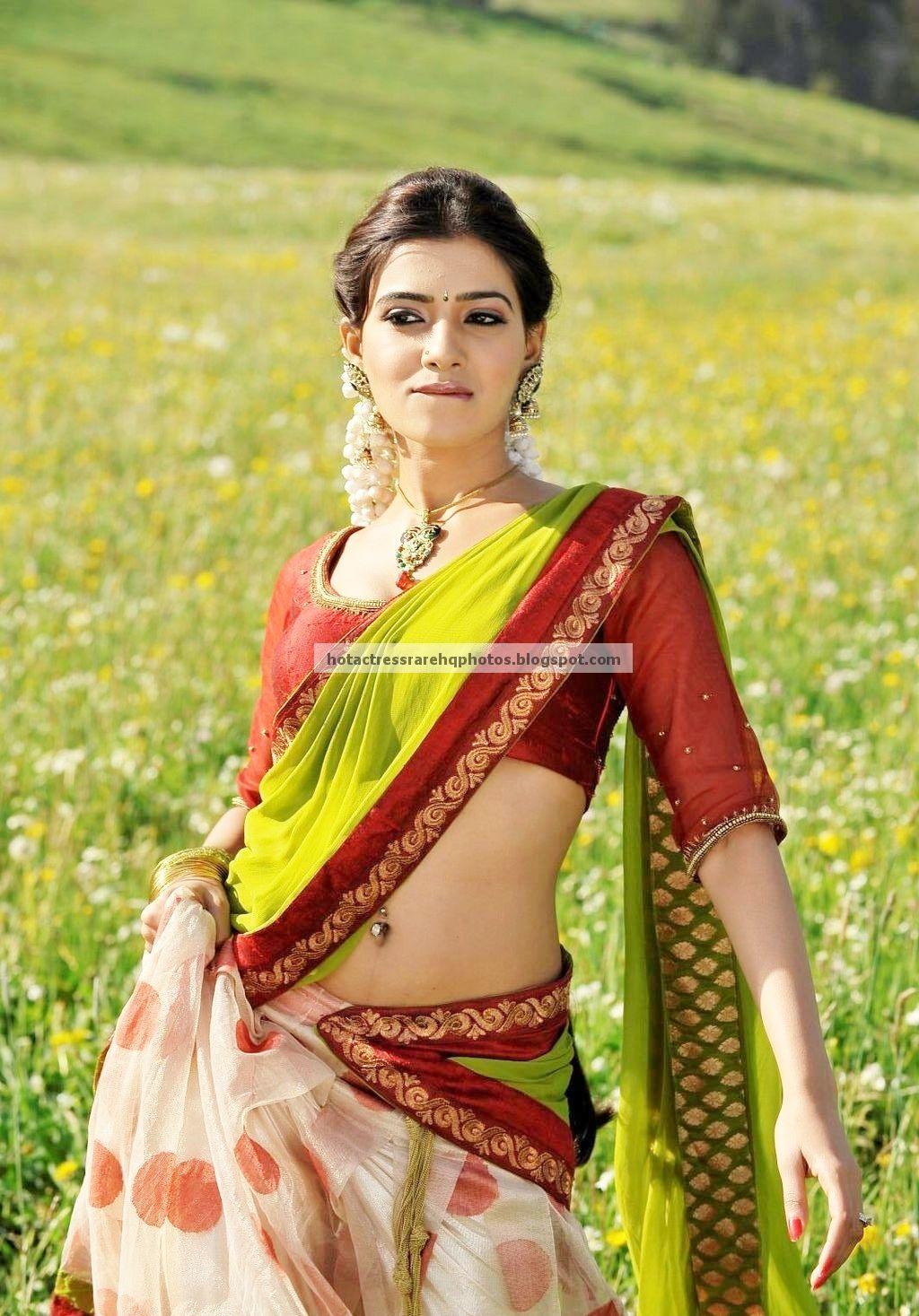 Samantha Ruth Prabhu Navel Saree