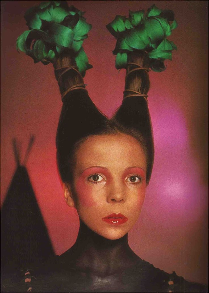 Penelope Tree photographed by David Bailey for Vogue Italia, June 1970. Makeup by Serge Lutens, hair by Aldo Coppola.