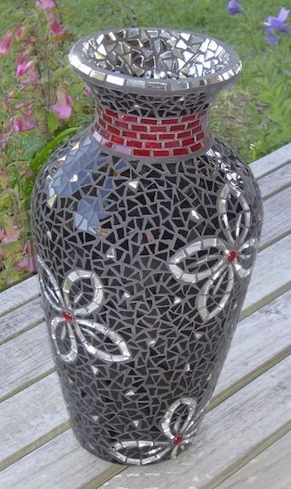 Julie S Vase Mosaic Pots Mosaic Tile Supplies And Mosaics