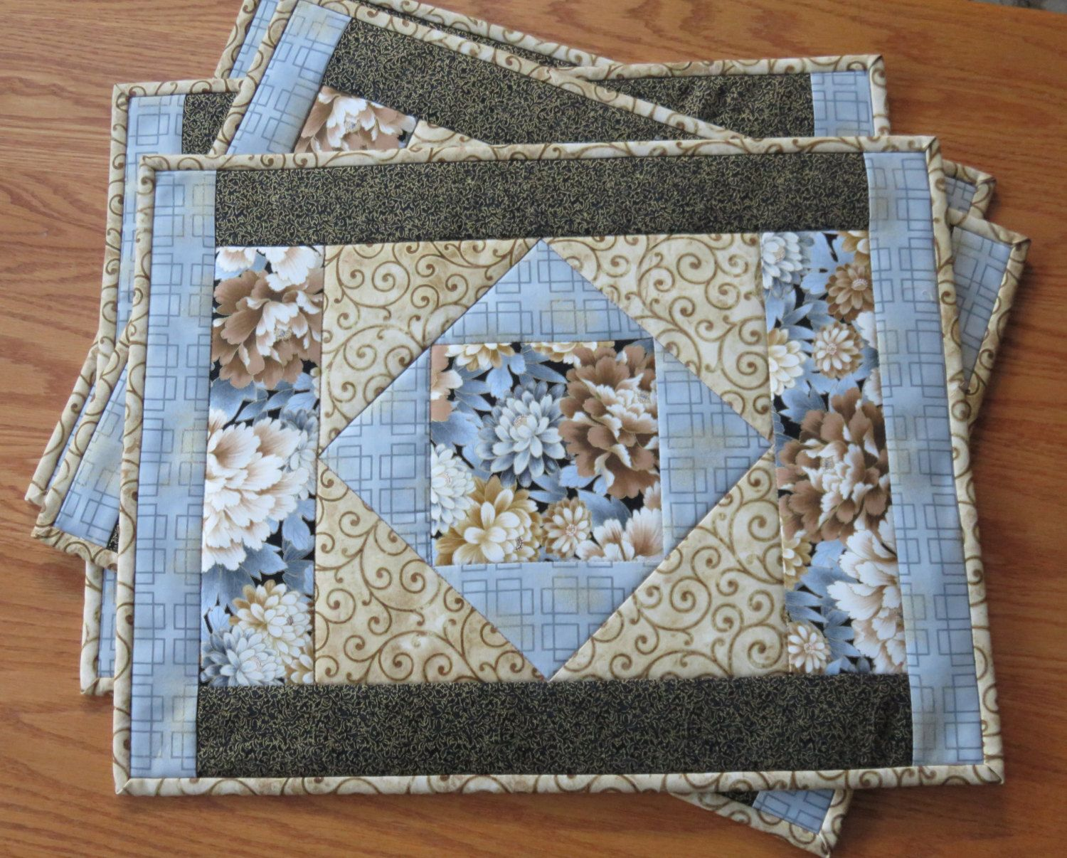 BRAND NEW Set of 4 x Quilted Cotton Placemats 100/% Cotton 3 Colours