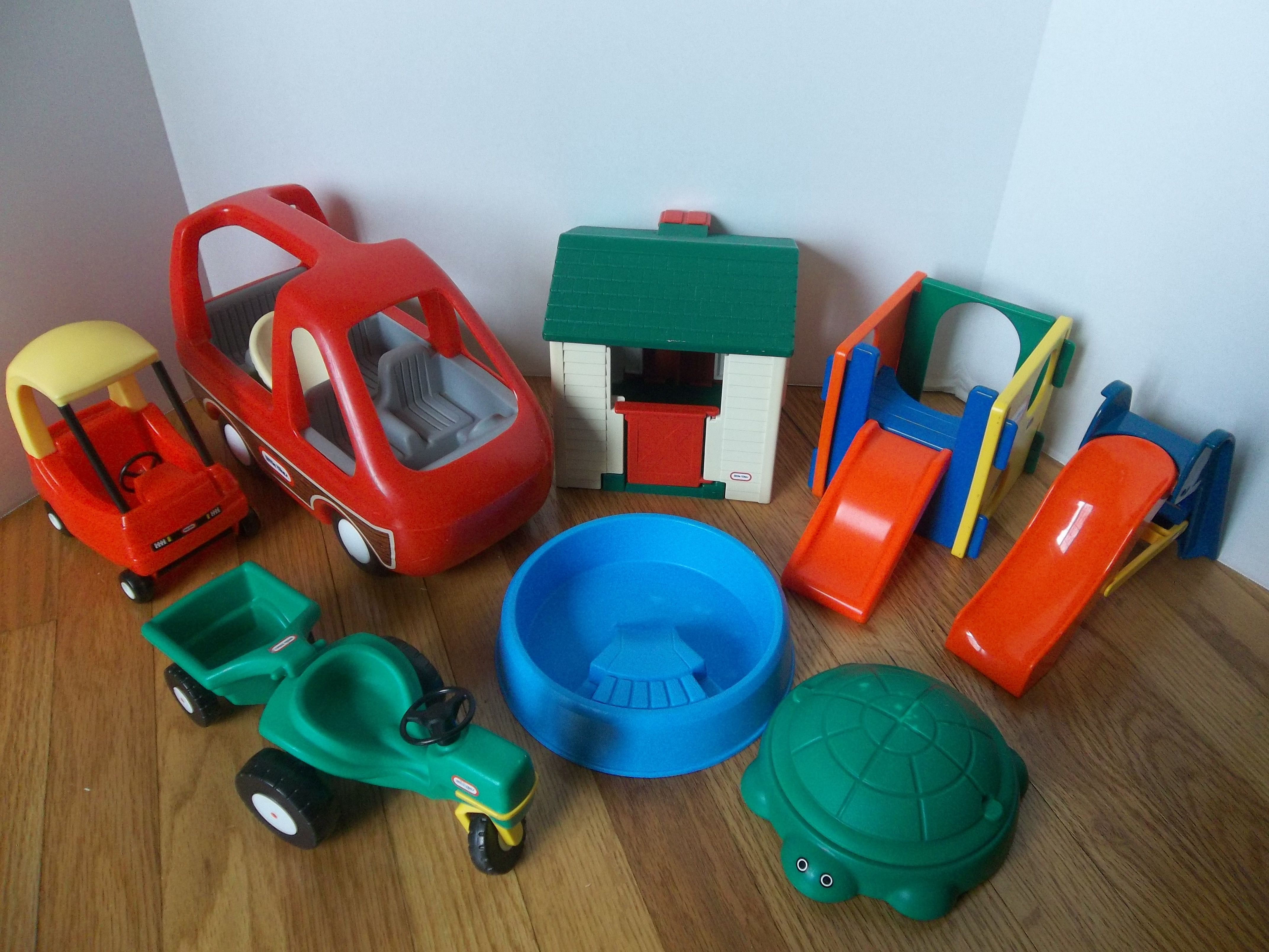 Little Tikes Doll House Items I m selling on eBay