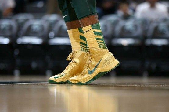Girls basketball shoes, Michigan state