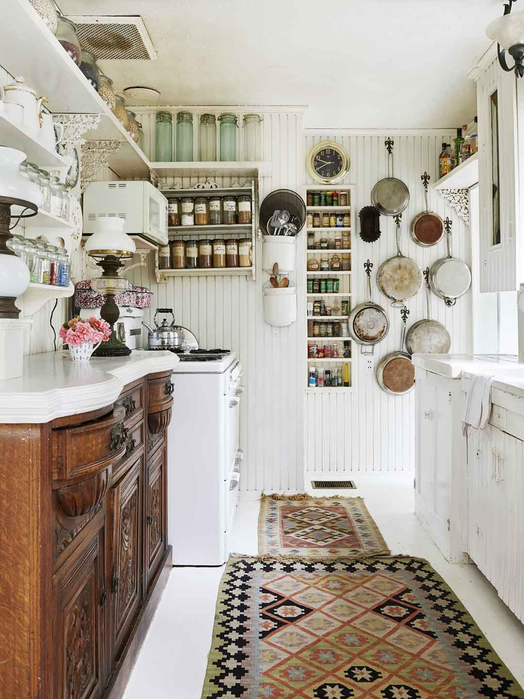 Cottage Kitchen | Eclectic Vintage Kitchen Decor | Open Shelving Kitchen | Small  Kitchen Organization
