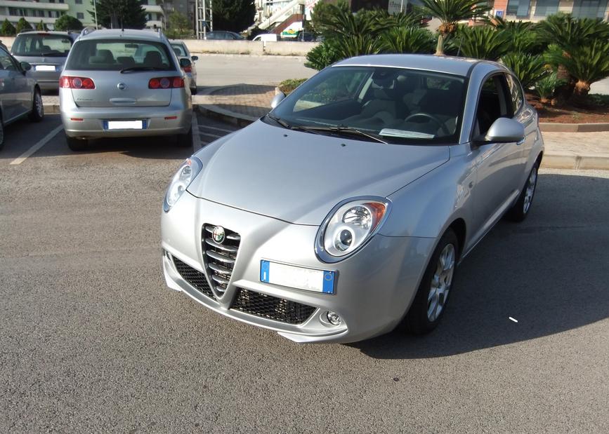 Auto Usate Gpl Torino Ha Solo Due Porte Equipaggiate Con I