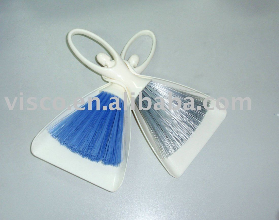 MINI PLASTIC BRUSH AND DUSTPAN SET FOR HEAVY DUTY | this is for me ...