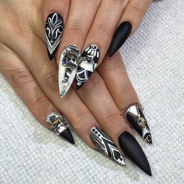 Black And White Striped Stiletto Nails Stiletto Nails Designs