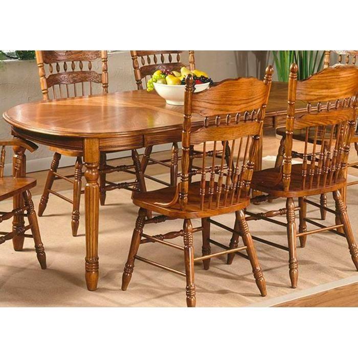 Old World Oval Leg Table In Medium Oak
