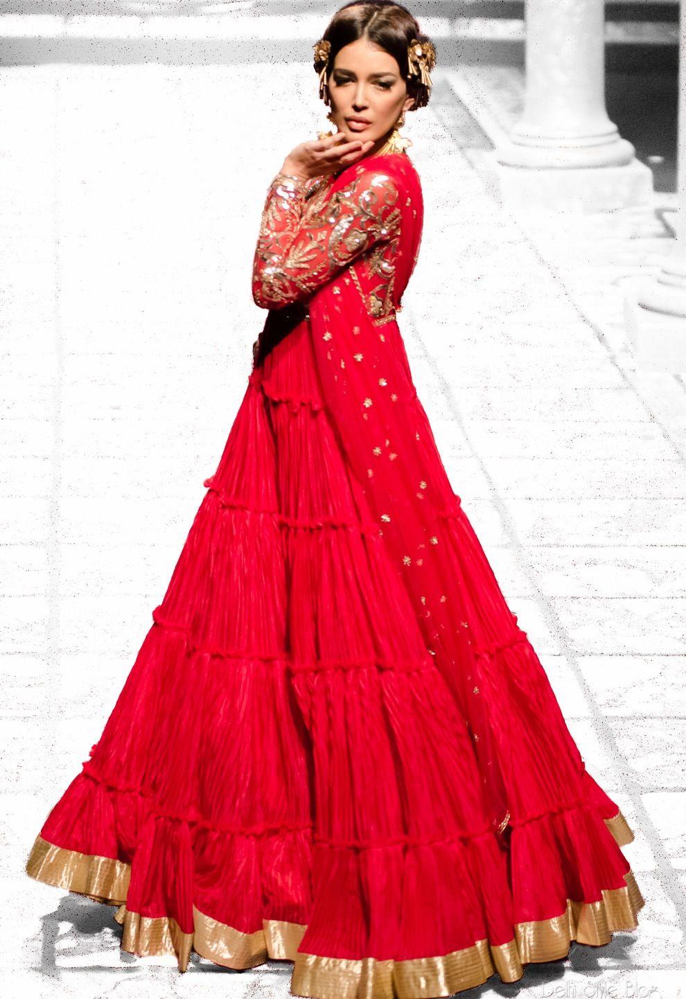 India Bridal Fashion Week 2013:Suneet Varma   STUNNING!