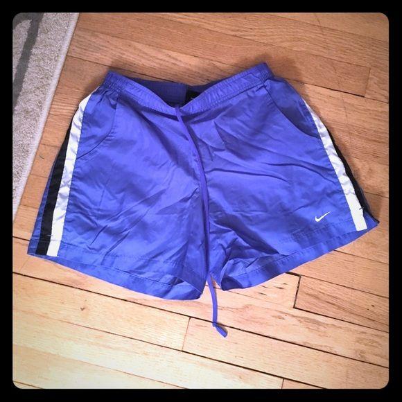 Nike size m Shorts size 8/10 m use  but good condition Nike Shorts Skorts