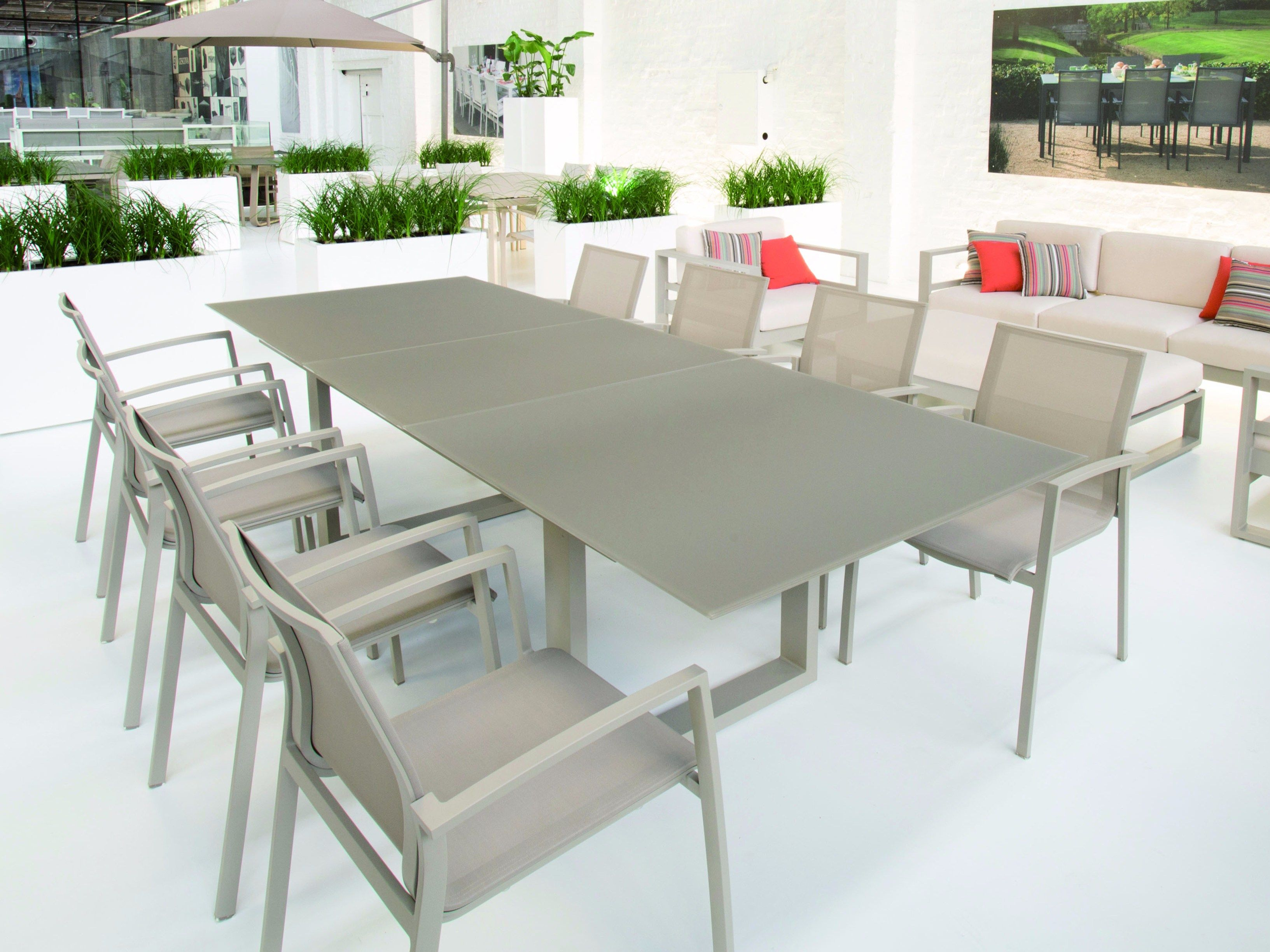 81fb1c5b617fc4efa97c240caa62a1a4 Frais De Table Exterieur Aluminium Schème