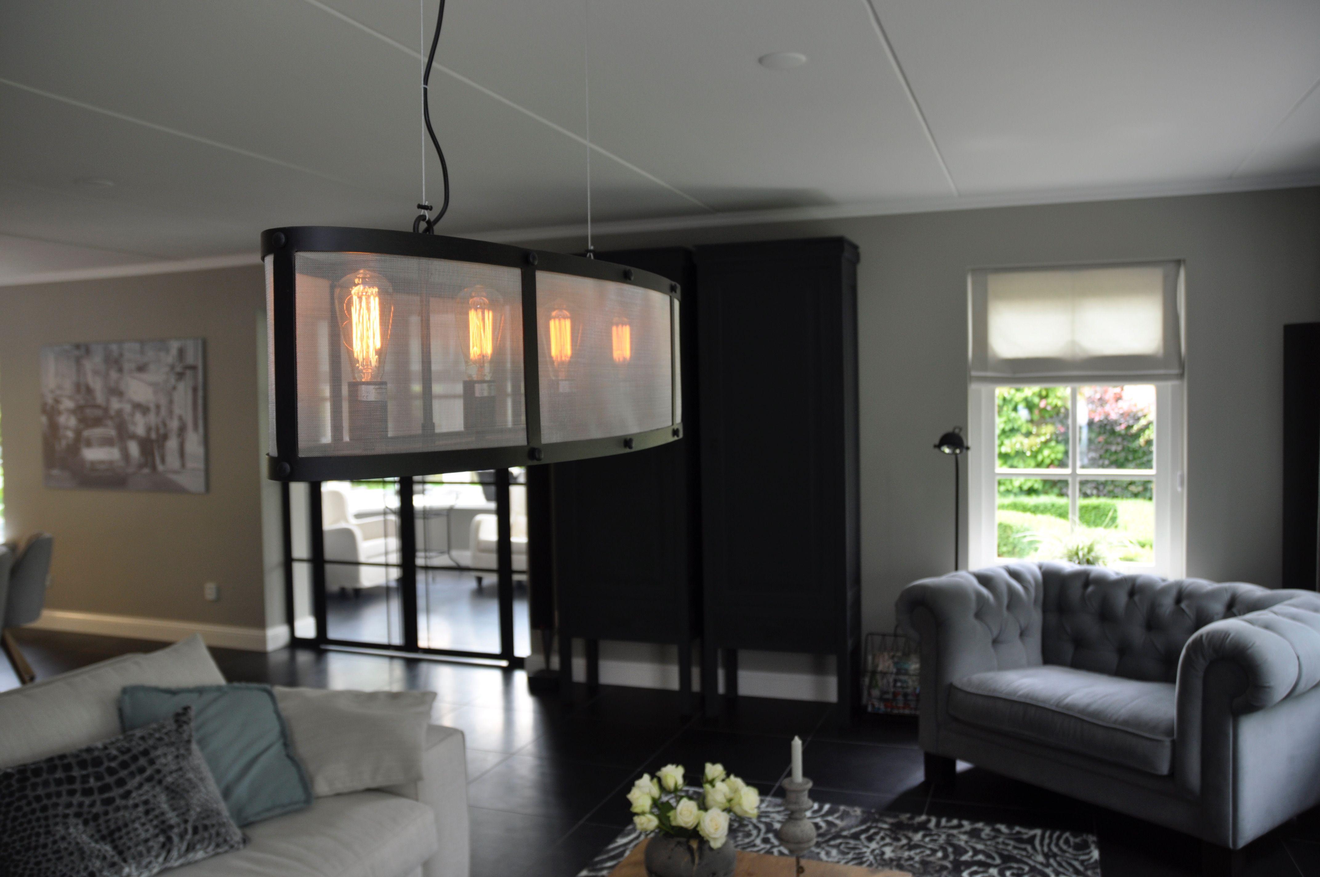 Interieur idee woonkamer - Novitaz | Pinterest - Staal, Hanglamp en ...