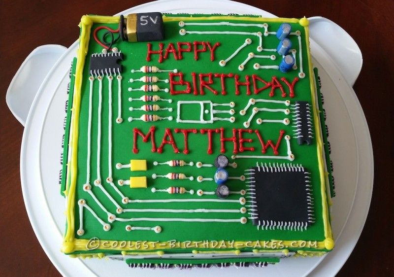 Dream Computer Birthday Cake for a Computer Engineer ...