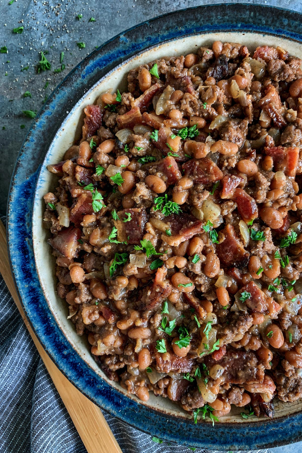 Cowboy Beans From Afarmgirlsdabbles Com This Easy Baked Beans Recipe Is Hearty And Flavorful With Bacon And Grou Cowboy Beans Bean Recipes Baked Bean Recipes