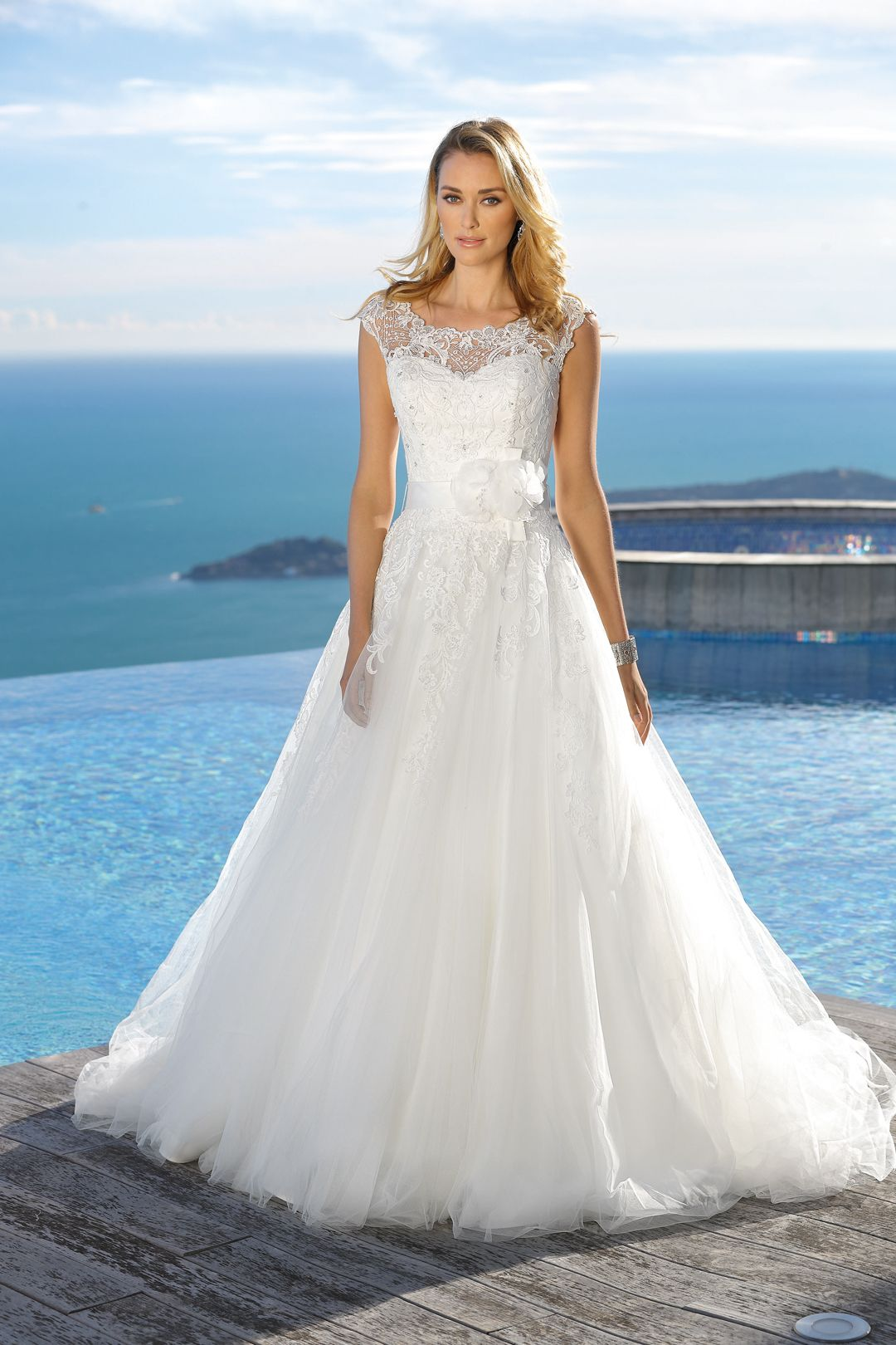 Ladybird 2019 Brautkleid 419012 Brautmode Hochzeitskleid Ladybird Hochzeitskleid