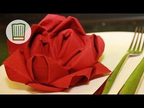 servietten falten die rose tischdeko zum valentinstag video faltanleitung chefkoch. Black Bedroom Furniture Sets. Home Design Ideas