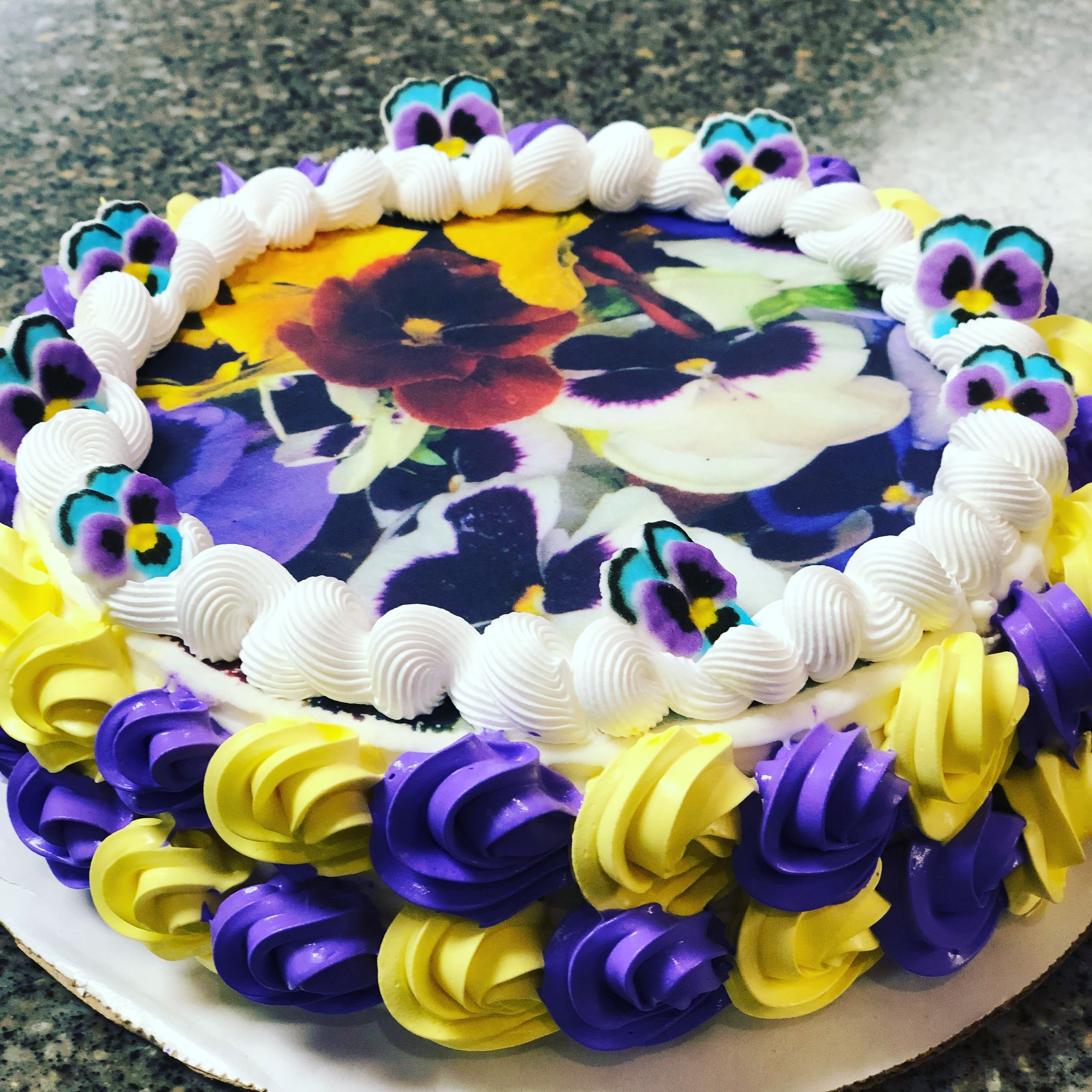 Dq cake by glo beautiful hermantown mn cake desserts