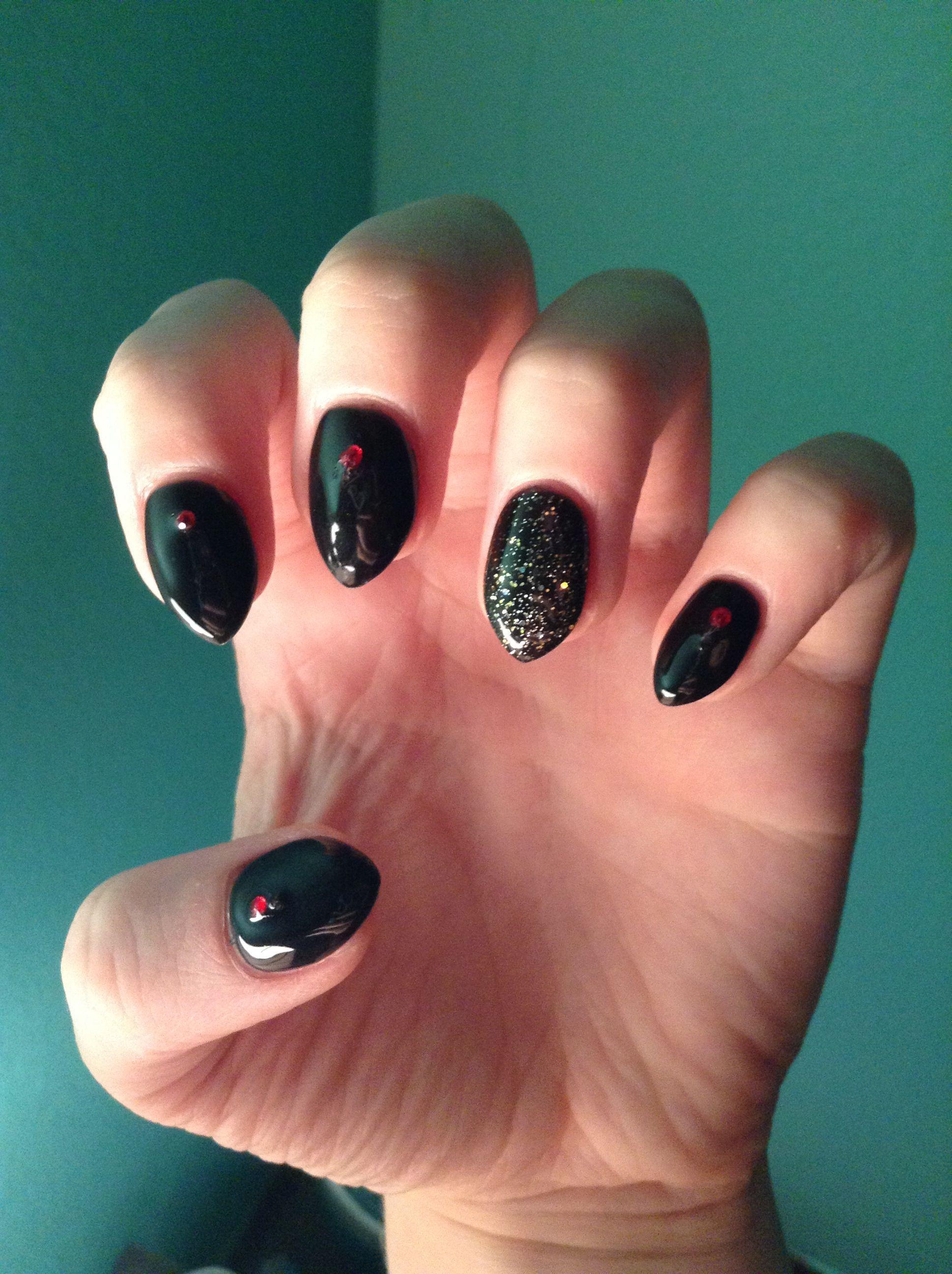 Black gold and red short stiletto nails! | Nails | Pinterest | Short ...
