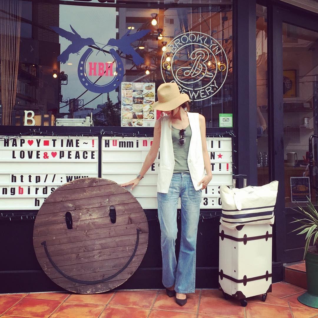 """Instagram의 mariko님: """"today 撮影や打合せな本日☺︎ * 途中cafeでひと休み☺︎ * ベスト…madewell デニム…FREAK'S STORE 色々、決意しました!w 詳しくはblogに書いてみました☺︎ * ☆☆☆ 2015.8.7 ☆☆☆"""""""