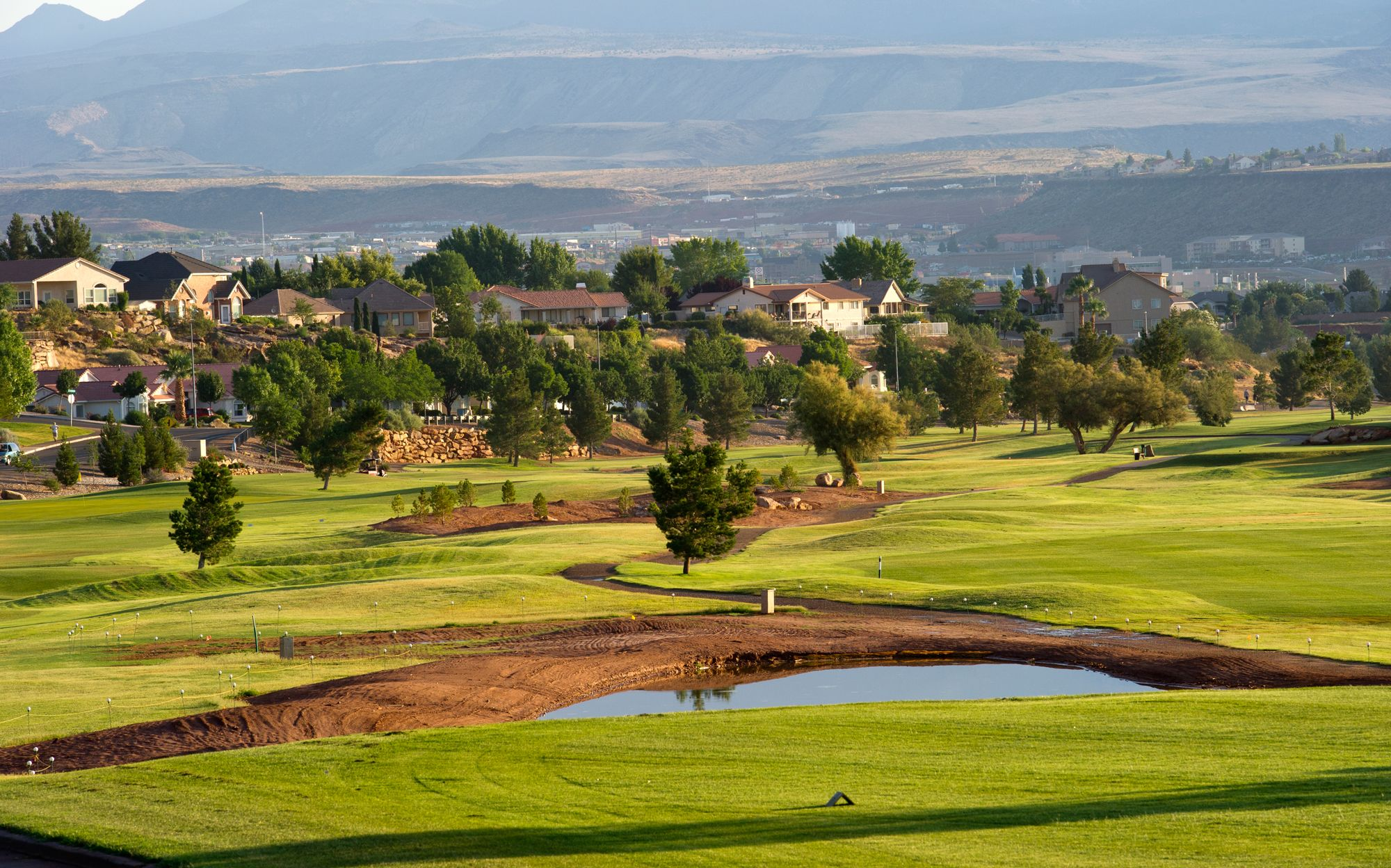 St George Golf Club In St George Utah Is Our Golfcourseoftheday What A View Rock Bottom Golf Rockbottomgolf Golf Courses City Golf Discount Golf