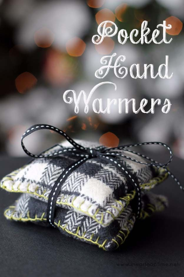 46 tiny homemade gifts that make the cutest diy stocking stuffer 46 tiny homemade gifts that make the cutest diy stocking stuffer ideas ever diy stockings easy diy crafts and hand warmers solutioingenieria Image collections