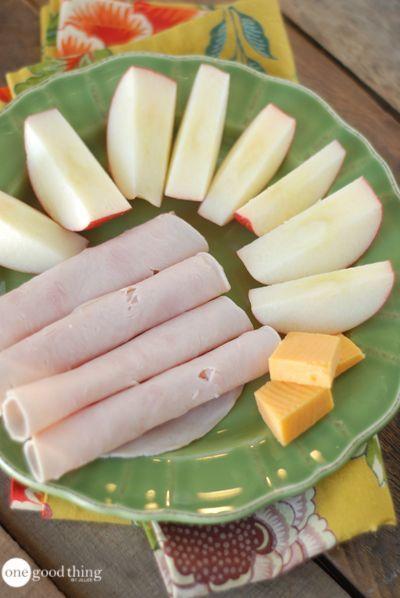 #gesunde #Kalorien #Snacks #unter 28 Healthy Snacks Under 200 Calories        1 kleiner Apfel mit 1...