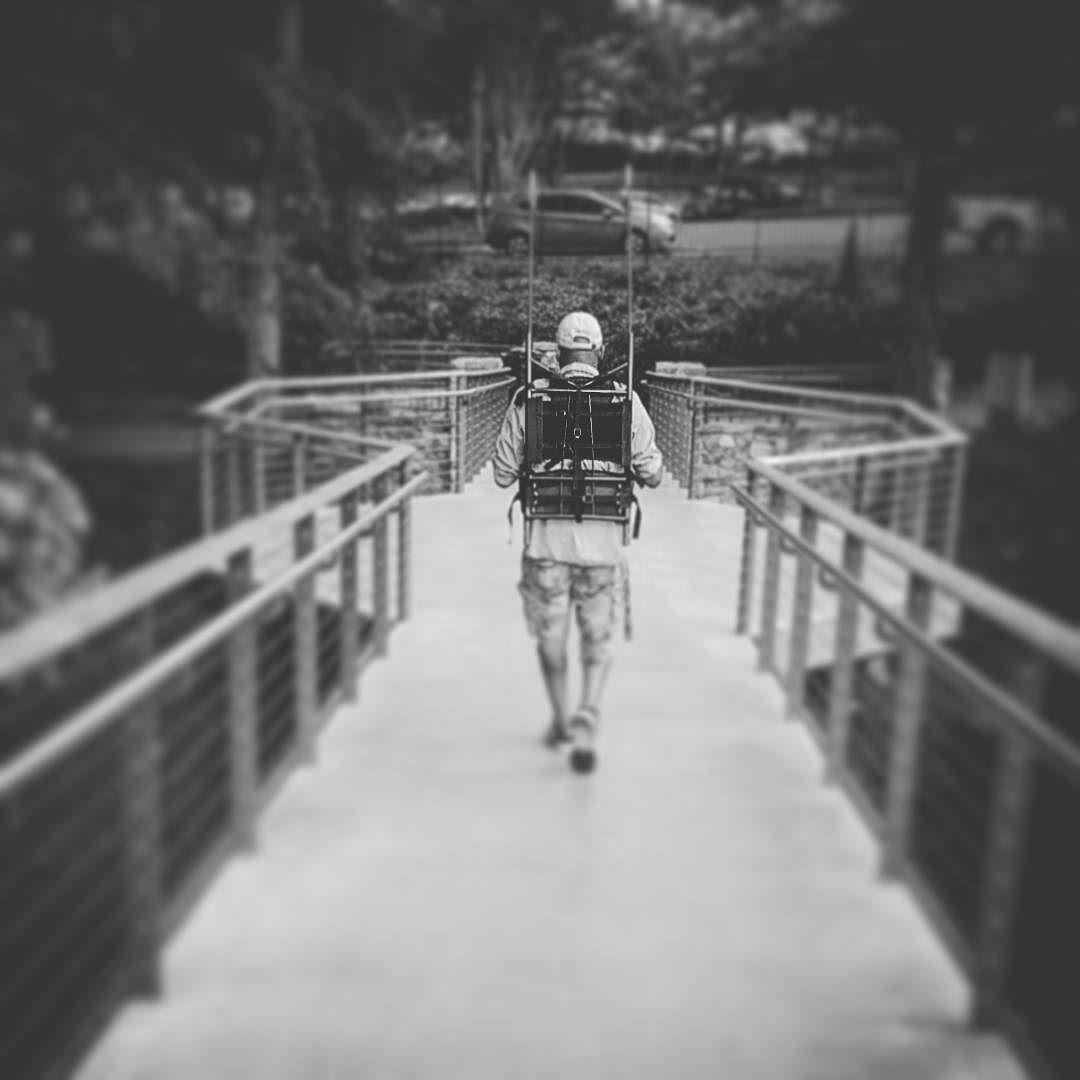Check out MY CUSTOM #LEZLEIROSERIG IN ACTION. #GIMBALSUPPORTSYSTEM  #fullservice #rvlife #rvliving #shotzmedia #rvlifestyle #georgieboy #maverick #mobilebusiness #houseonwheels #tinyhousemovement #tinyhouse #shtf #prepper #filmcompanyonwheels #motorhome #tour #motorhometour #ashotzfilm by shotzonline