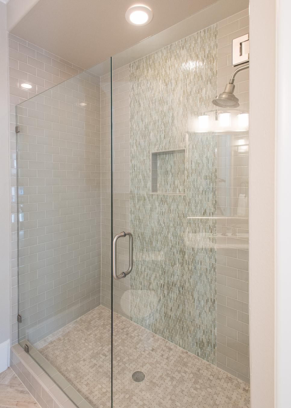 This Frameless Glass Door Shower Has An Effortless Contemporary