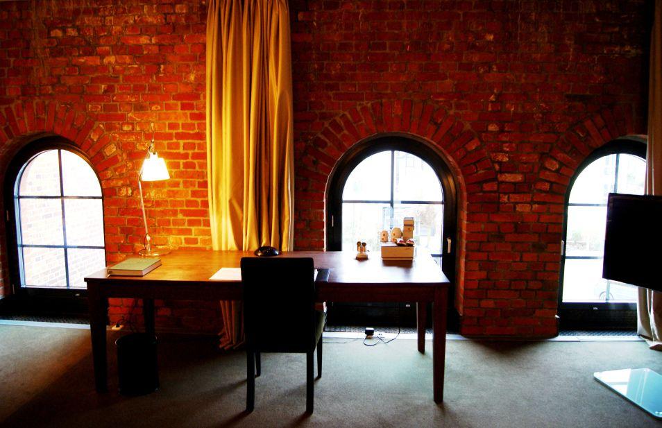Media Service Hamburg gastwerk hotel loft room 2 design hotels social