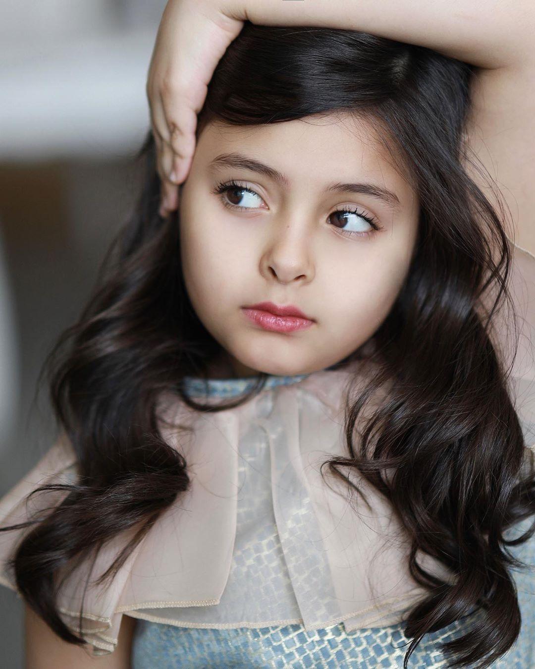 مروى عبدالعزيز On Instagram ولك في القلب قدر ومكان وشأن عظيم Arab Women Girl Women Girl