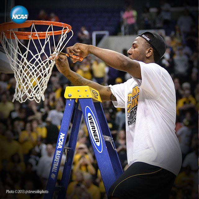 Wichita State Cutting Down the Nets.