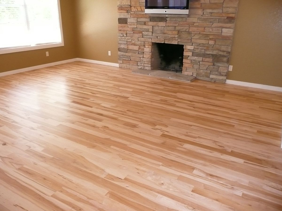 Decoration hardwood floor with bright natural wood color for Floating hardwood floor