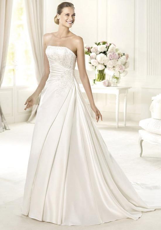 PRONOVIAS UXUE Wedding Dress photo