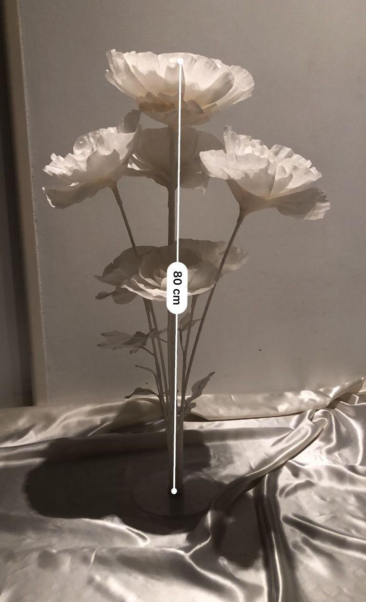 a75a1ffb9 7ks bielych kvetov vysokých cca 80cm. Kvety sú vhodné ako dekorácia na  oslavy, svadby, na výzdobu stola a podobne.