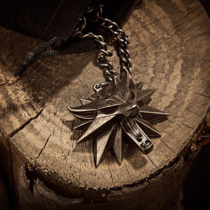 pendentif witcher