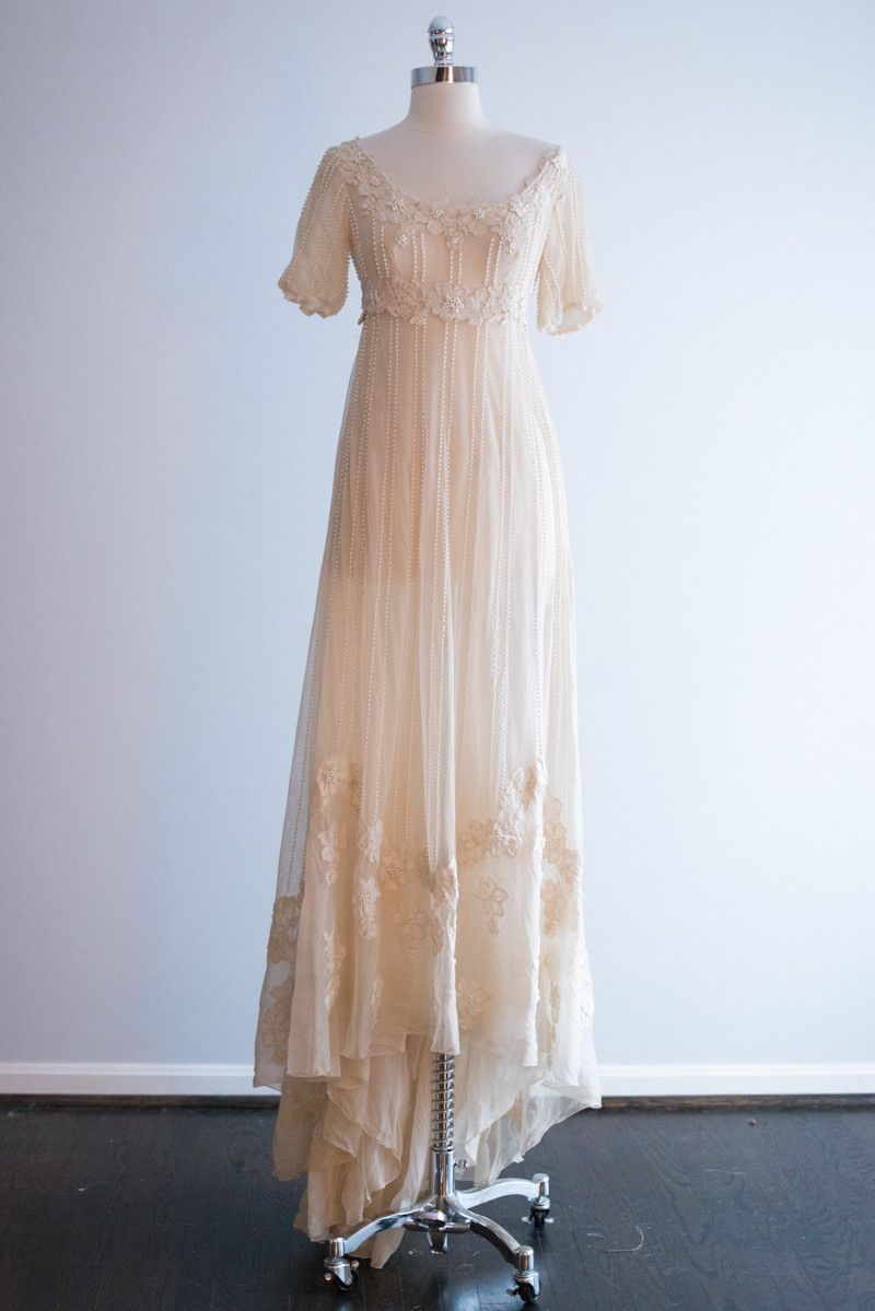 Neiman marcus dresses for weddings  us Neiman Marcus Tulle Lace Empire Gown  XS  Tulle lace and