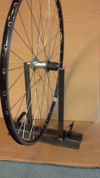 Bicycle Wheel Truing Stand Con Imagenes Bicicletas Bici