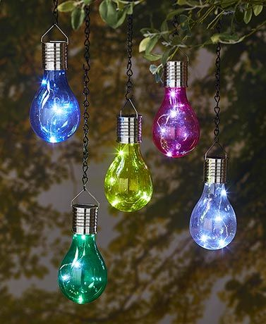 Create A Cool Scene At Your Next Get Together With This Set Of 5 Solar Light Bulbs The Inside Each Bulb Contains String 4 White Lights That