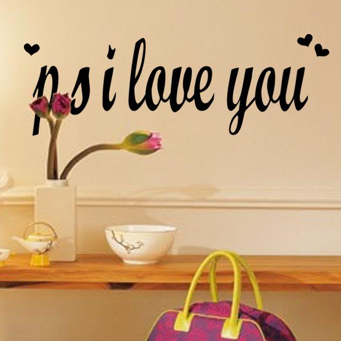 Een mooie muursticker met daarop de tekst P.S. I love you. Leuk voor ...